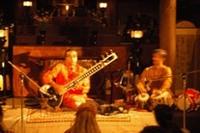 北インド古典楽器の新風
